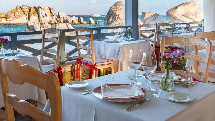restaurant-au-bord-de-mer
