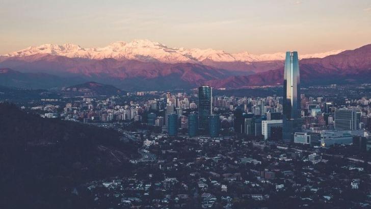 alterrumbo-ville-et-montagnes-de-santiago-chili