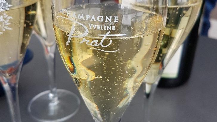 champagne-un-vin-de-partage-et-de-fete