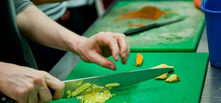 soline-propose-egalement-des-ateliers-notamment-celui-sur-la-cuisine-ayurvedique