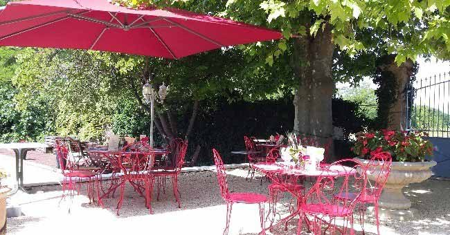 restaurant-chez-pere-chaussy-a-manthes