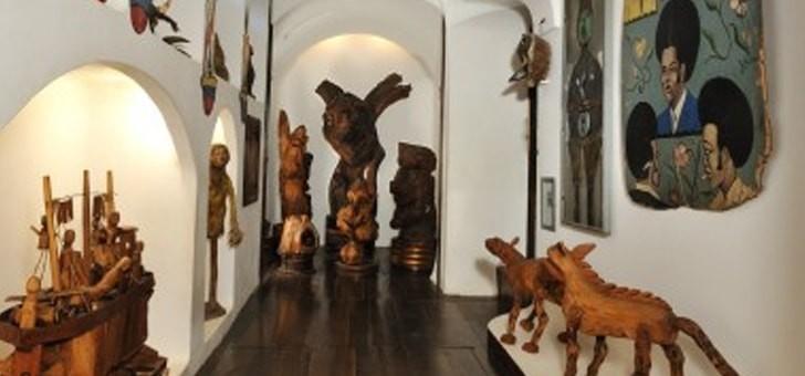 musee-de-fabuloserie-objets-d-art