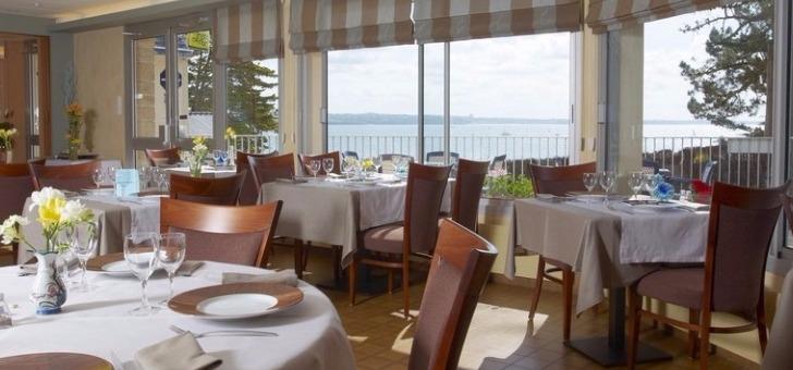restaurant-belle-vue-une-salle-ouverte-sur-ocean-atlantique