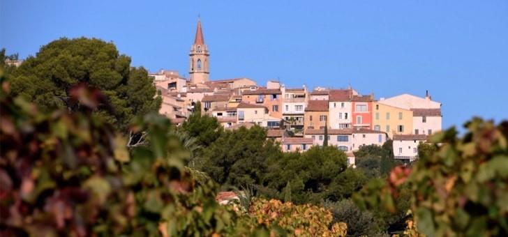 un-beau-panorama-sur-village