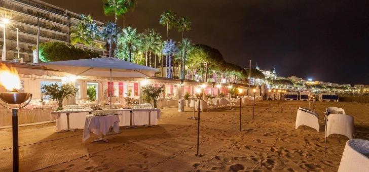 restaurant-plage-royale-a-cannes-un-espace-prive-bord-de-mer