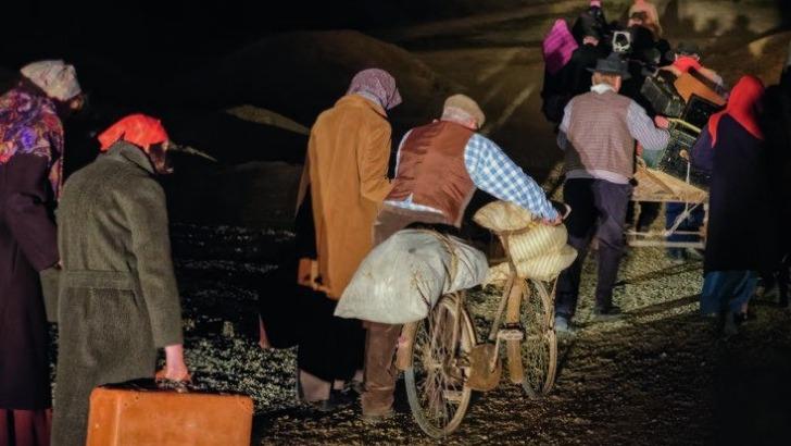 des-flammes-a-lumiere-verdun-des-refugies-obliges-de-quitter-village