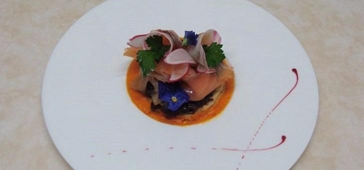 cuisine-restaurant-le-jardin-gourmand-a-amberieux-recompense-guide-du-gault-et-millau