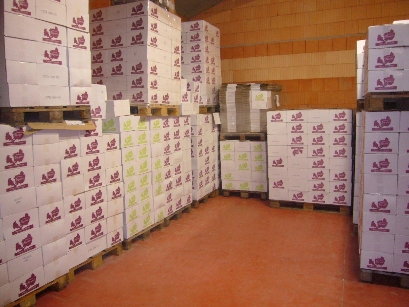epicuriens-font-confiance-aux-vins-du-domaine-monastrel