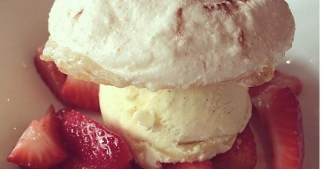 dessert-champignon-fraise-restaurant-entre-a-evian-bains