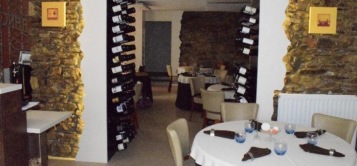 un-bel-agencement-des-vins-au-francois-2