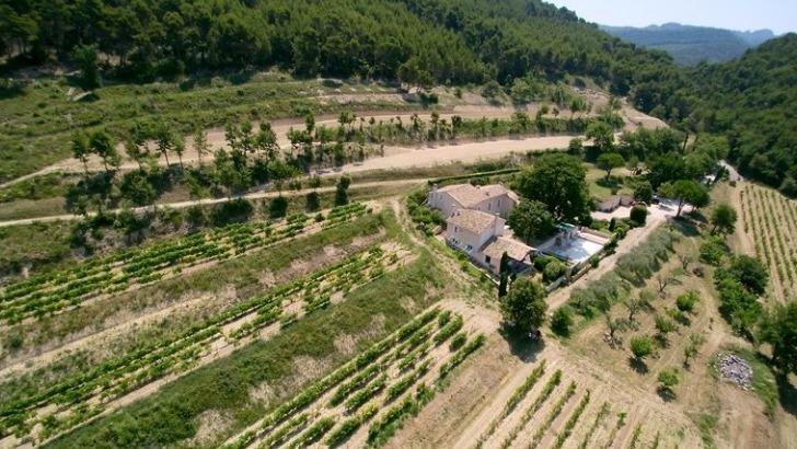 chateau-cohola-au-village-de-sablet