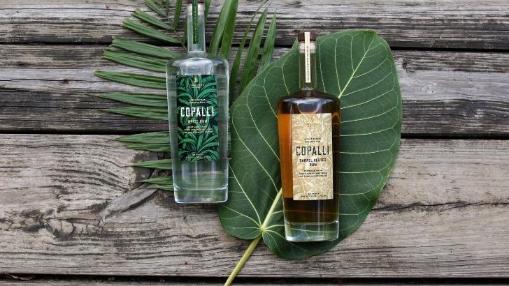 copalli-rhum-pur-jus-et-100-bio-elabore-au-coeur-du-belize-purete-de-foret-tropicale-bouteille