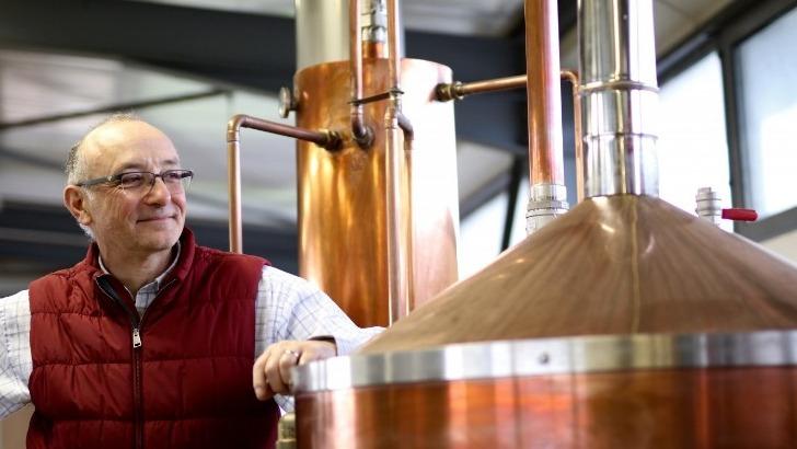 herve-grangeon-maitre-artisan-passionne-whisky-et-gin-francais