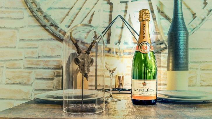 champagne-napoleon-a-vertus-champagnes-authentiques-degustation