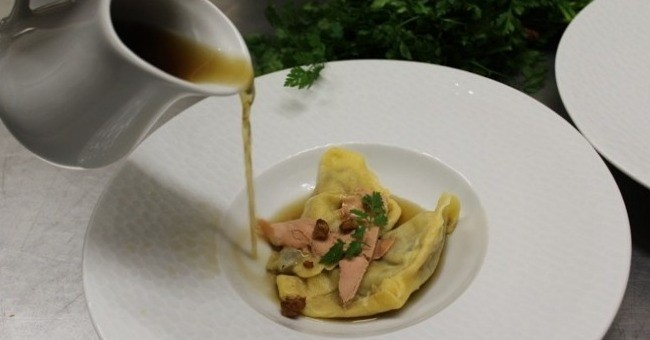 restaurants-la-table-de-leo-a-saint-avit-senieur