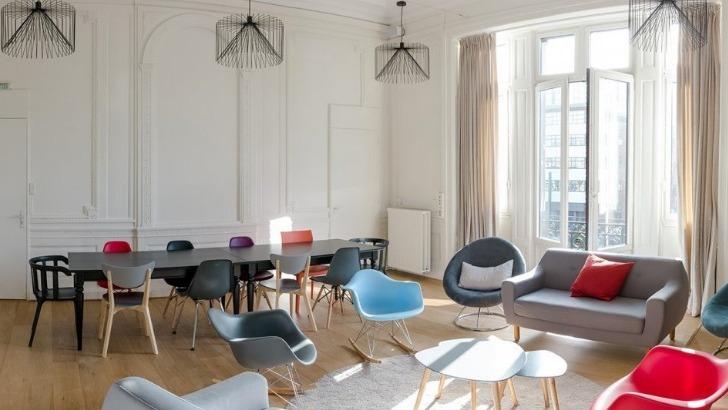 maison-d-alfred-a-roubaix-bibliotheque-d-une-capacite-de-15-personnes
