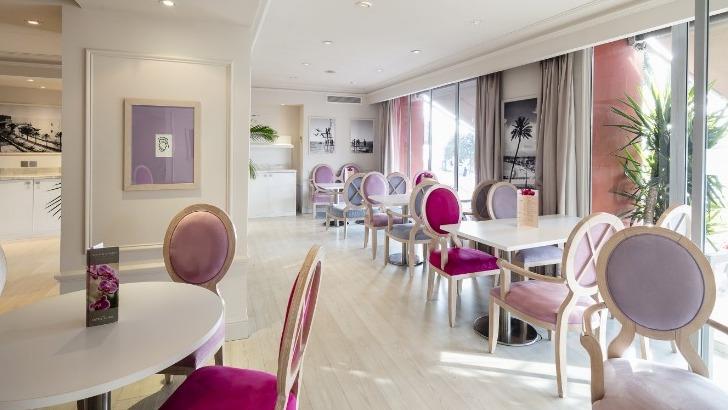 hotel-suisse-a-nice-salon
