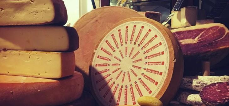 fromagerie-deruelle-un-gout-unique-issu-d-un-affinage-soumis-a-des-normes-sanitaires-rigoureuses