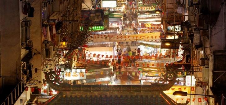 marche-de-nuit-de-temple-street-a-hong-kong