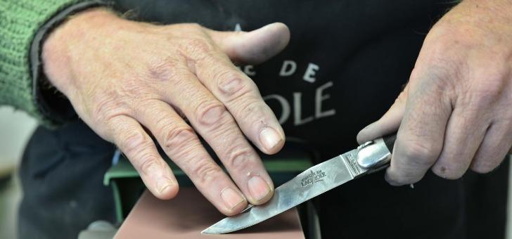 forge-de-laguiole-lames-et-couteaux