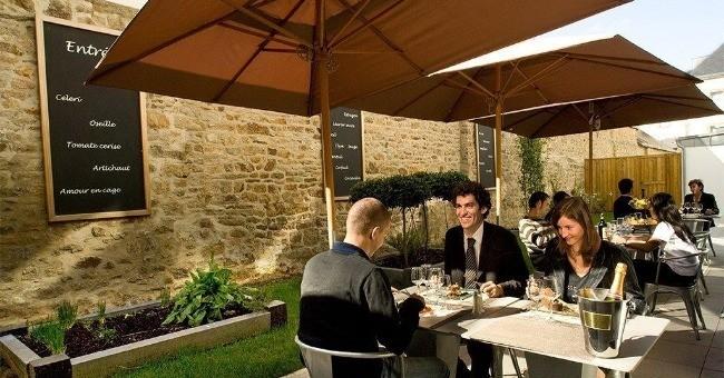 restaurant-cote-patio-a-vannes