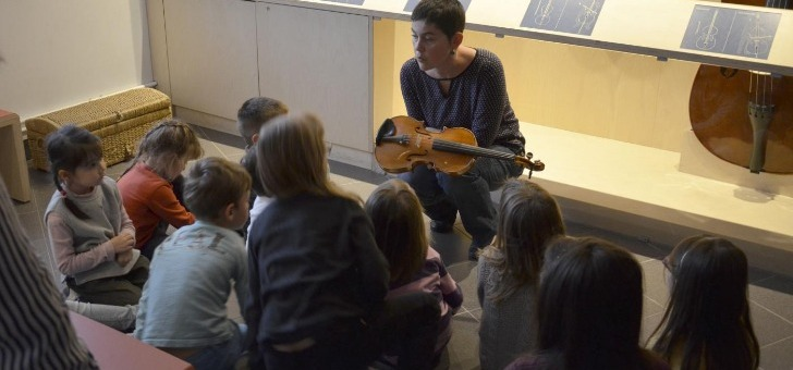musee-de-lutherie-et-de-archeterie-francaises-jeunes-publics-au-musee