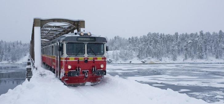 certains-circuit-de-discouvery-trains-menent-vers-immensite-des-paysages-enneiges
