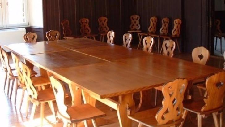 confrerie-saint-etienne-vestibule-reunion-repas