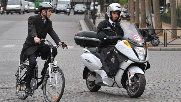 green-une-bonne-alternative-aux-automobiles-pour-reduire-stress-cause-par-embouteillages