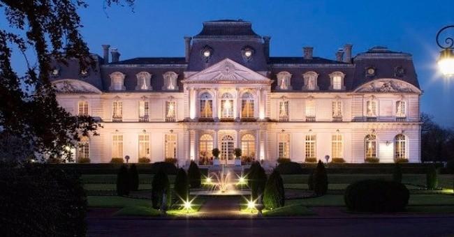 chateau-origan-dijon-accueille-convives-delicatesse-et-gourmandise