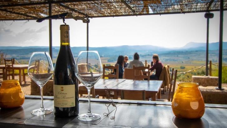 vins-alcools-domaine-artisans-partisans-chateau-ollieux-romanis-a-montseret