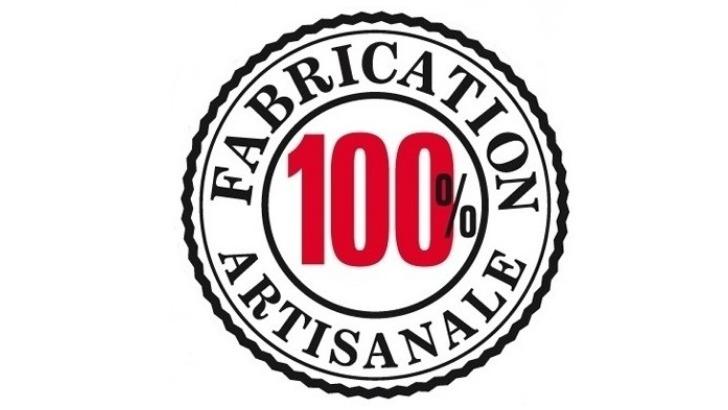 fabrication-des-potions-creoles-est-100-artisanale-et-manuelle