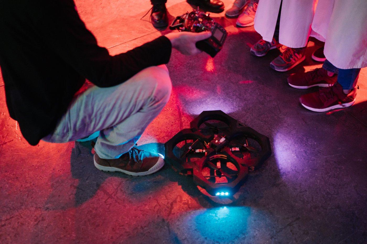 drone-event-animation-tout-couleur-avec-drones