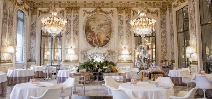 restaurant-dali-228-rue-de-rivoli-salle-a-manger-cadre-majestueux-cuisine-signee-alain-ducasse