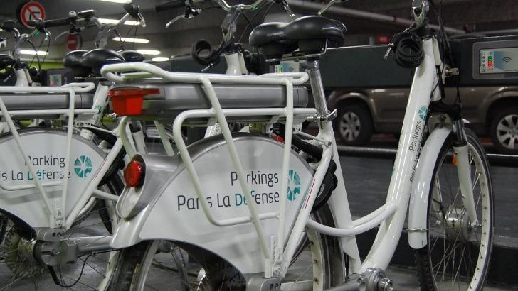 green-pour-etre-un-ecocitoyen-engage-a-limiter-pollutions-ville