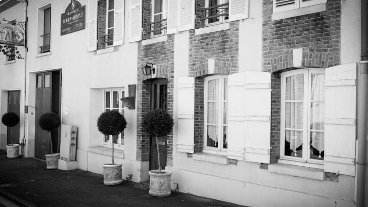 champagne-brun-servenay-a-avize-maison-a-ete-fondee-1965-a-suite-de-union-de-deux-familles-de-viticulteurs