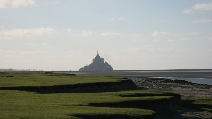 mont-saint-michel-voyages-rendre-a-monument-splendide-sa-bonne-reputation-d-antan