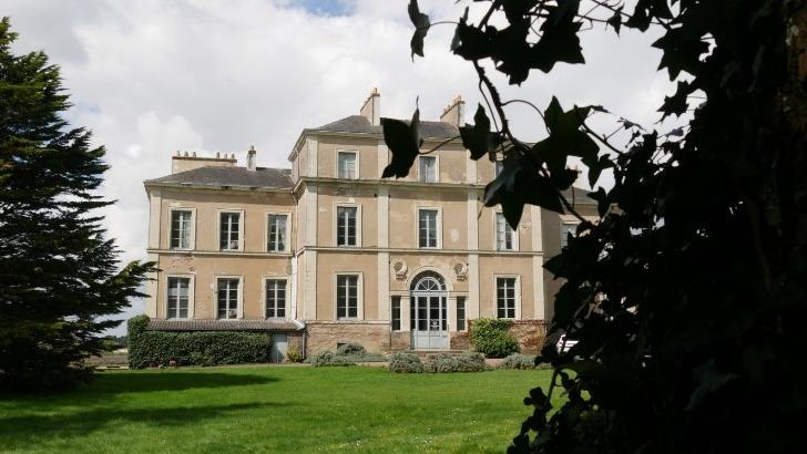domaine-du-chateau-du-cleray-etend-sur-95-ha