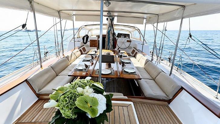 seanergies-oceanes-des-bateaux-specialement-amenages-pour-repondre-aux-attentes-d-une-clientele-exigente