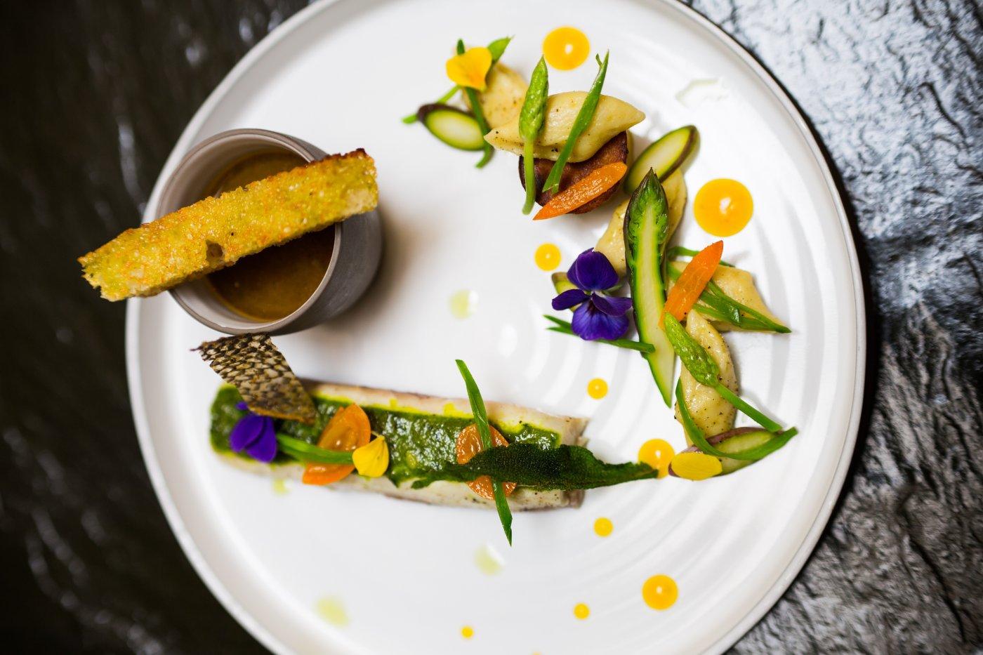 restaurant-monjul-paris-raffinement-dans-assiettes