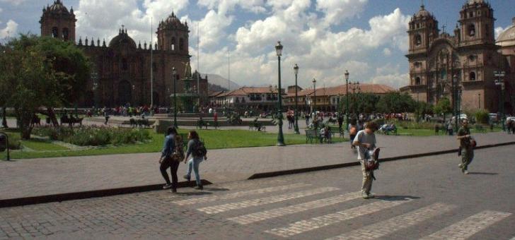 plaza-de-armas-a-cuzco-coeur-de-ville