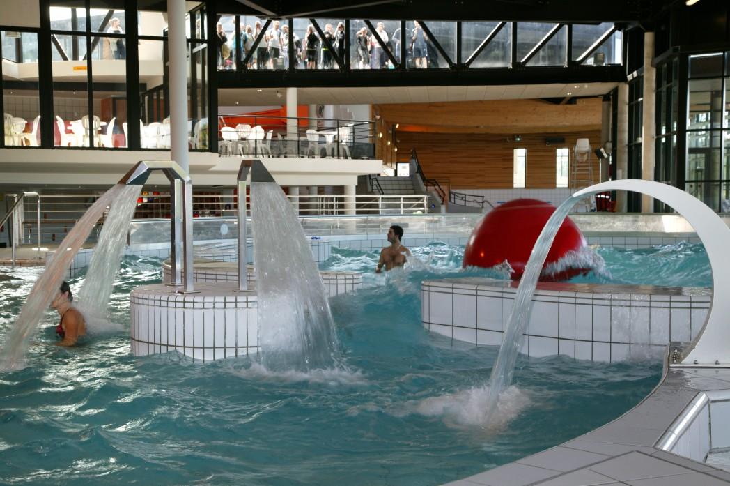 aquatica-centre-aquatique-ouvert-toute-annee-peut-profiter-d-activites-d-aquaforme-encadrees-par-des-professionnels
