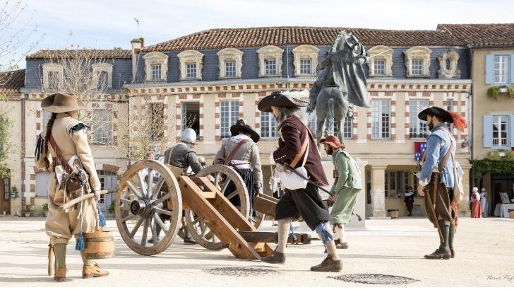 festival-d-artagnan-chez-d-artagnan-tient-chaque-annee-dans-son-village-natal-lupiac-dans-gers