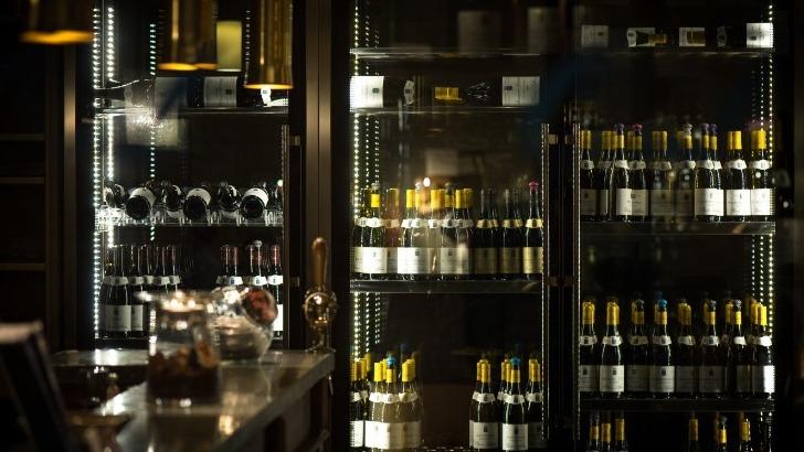 restaurant-olivier-leflaive-pres-de-80-references-de-vins-pour-des-accords-mets-vins-des-plus-harmonieux