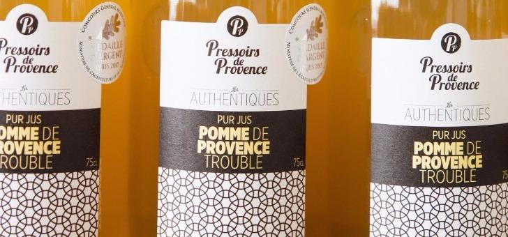 pressoirs-de-provence-jus-de-pomme-est-une-recette-classique-mais-toujours-aussi-excellente
