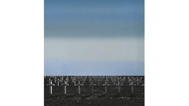 galerie-de-est-silence-une-oeuvre-realisee-avec-une-huile-de-diana-vouba-et-une-photographie-d-alan-vouba-des-artistes-abkhazes-pour-commemorer-armistice-de-1918