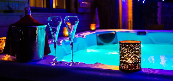 haut-jardin-chalet-intime-suite-luxe-jacuzzi