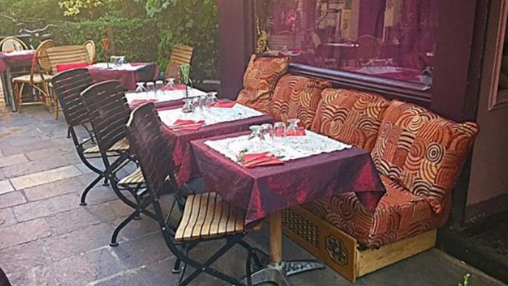 restaurant-merveilles-du-maroc-a-paris-des-textures-et-des-couleurs-avec-une-touche-marocaine