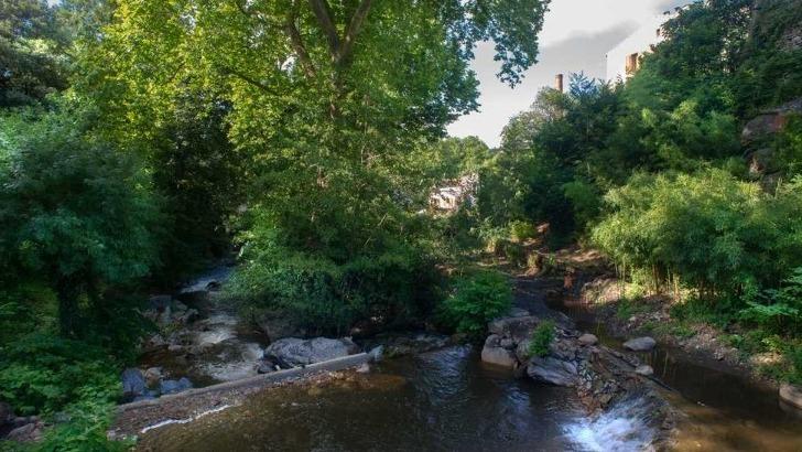 ruisseau-du-lampy-a-cenne-monesties