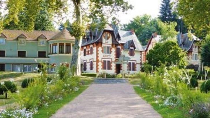 bourbon-lancy-joyau-architectural-de-cite-medievale